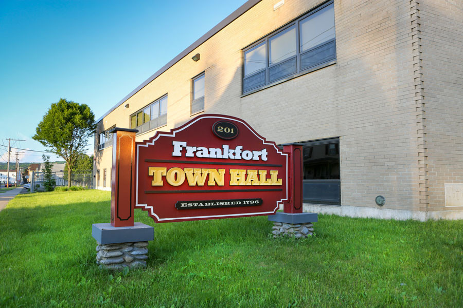 Frankfort Municipal Park Sign